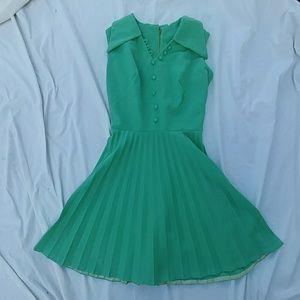 Vintage 50's rockabilly mint green pleated